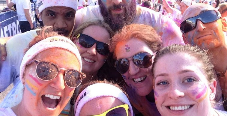 Simmons Gainsford team raises £1900 for charity Colour run